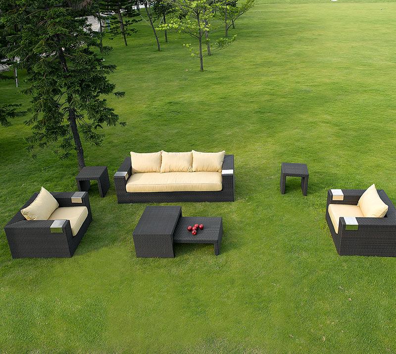 Tatta III Sofa Set